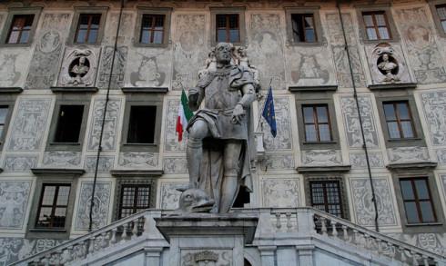 Facciata della Scuola Normale di Pisa