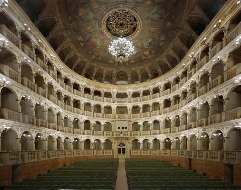 Comunale_11 Teatro Comunale di Bologna foto di David Leventi (1024x807)